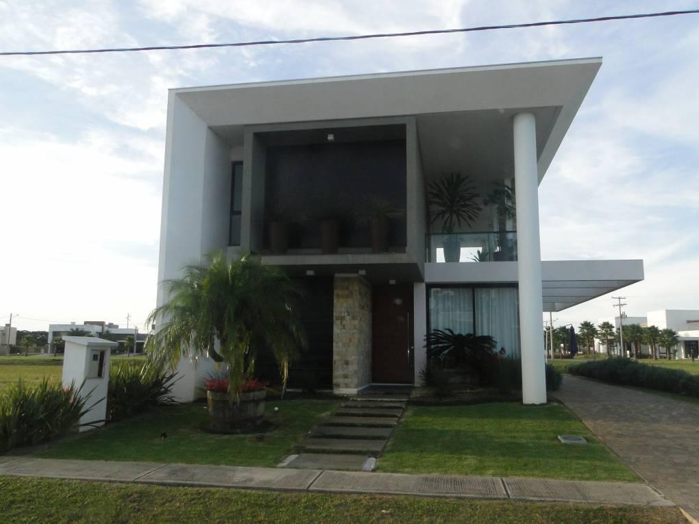 Casa em Condomínio 4 dormitórios em Capão da Canoa | Ref.: 2920