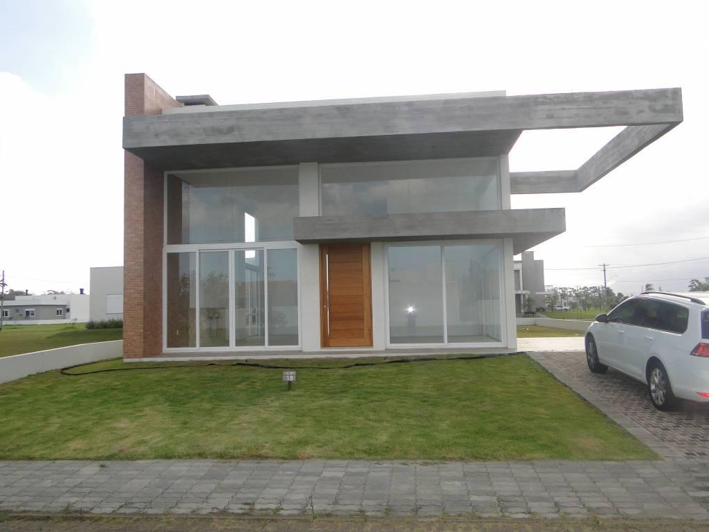 Casa em Condomínio 3 dormitórios em Capão da Canoa | Ref.: 5487