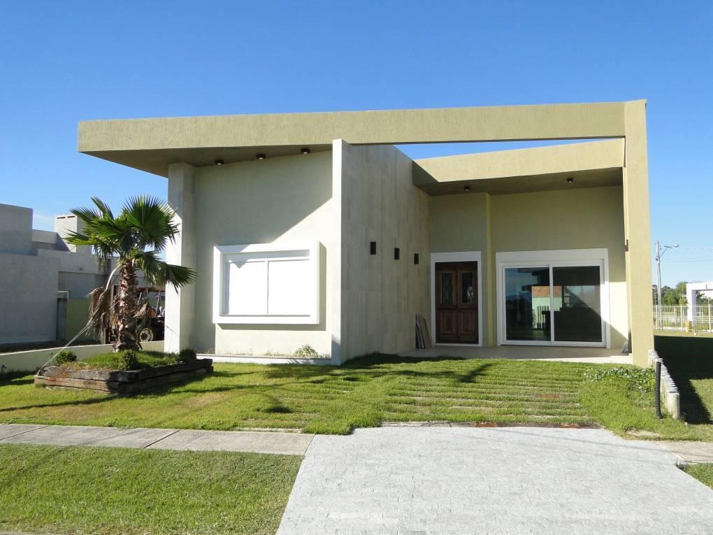 Casa em Condomínio 4 dormitórios em Capão da Canoa | Ref.: 5836