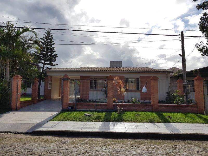 Casa 3 dormitórios em Capão da Canoa | Ref.: 6118