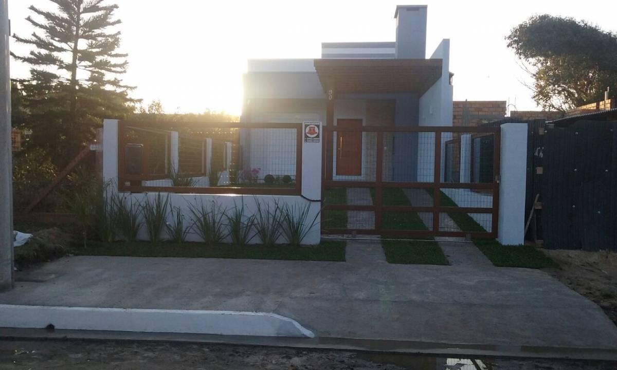 Casa Geminada 3 dormitórios em Capão da Canoa   Ref.: 6120