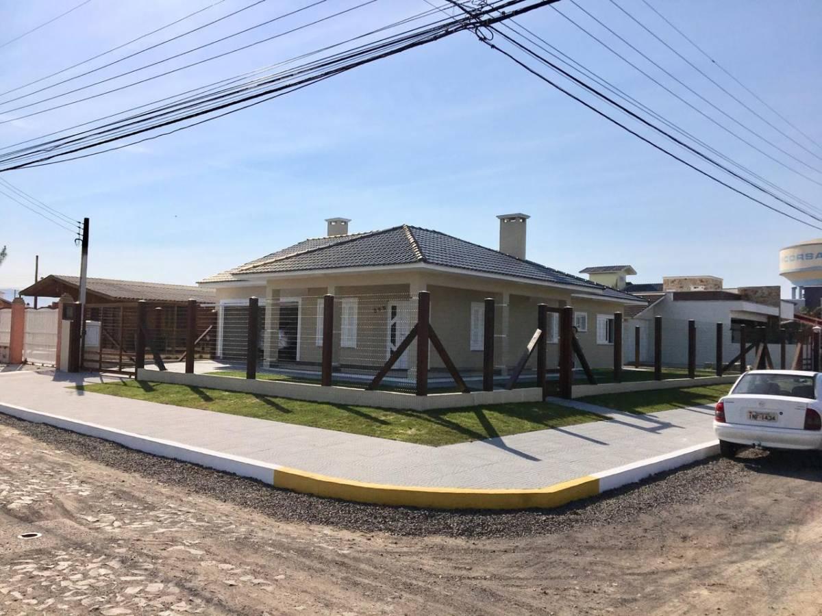 Casa 3 dormitórios em Capão da Canoa | Ref.: 6599