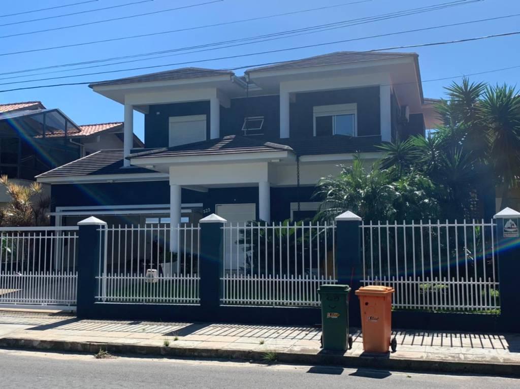 Casa 5 dormitórios em Capão da Canoa | Ref.: 7171