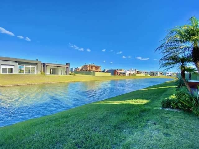 Casa em Condomínio 4 dormitórios em Capão da Canoa | Ref.: 7230
